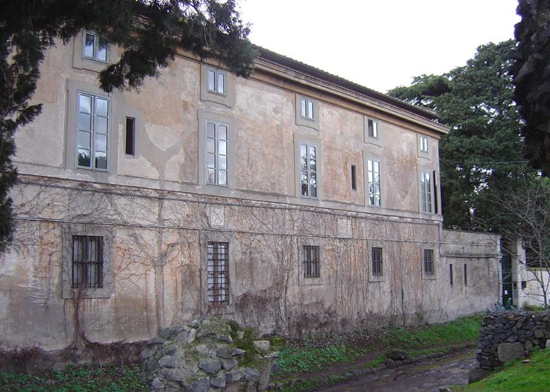 Facciata originaria edificio storico Appia